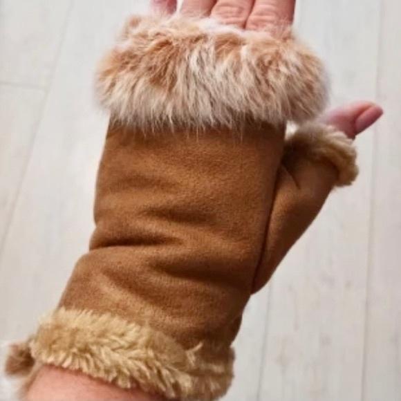 Camel Brown Faux Suede & Fur Fingerless Gloves